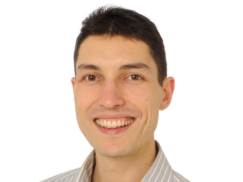Dr Damjan Vukcevic