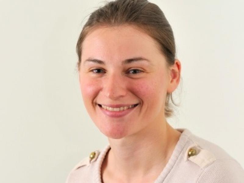 Dr Sophie Zaloumis